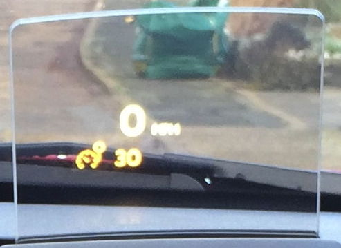Peugeot 3008, late 2014 build, Allure spec, head up display (speed limiter on).