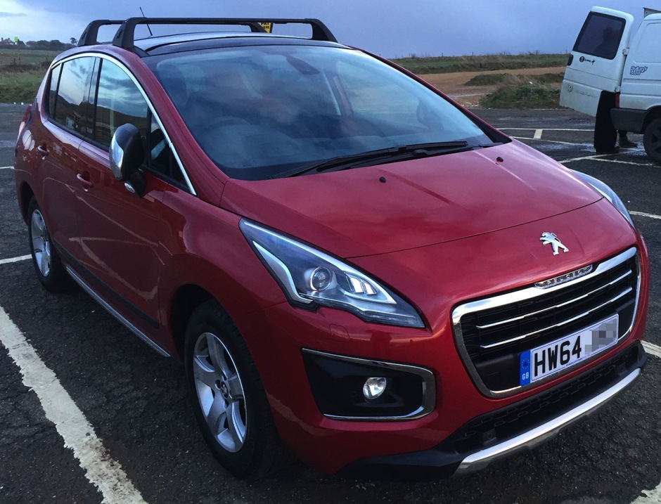 Peugeot 3008, late 2014 build, Allure spec.
