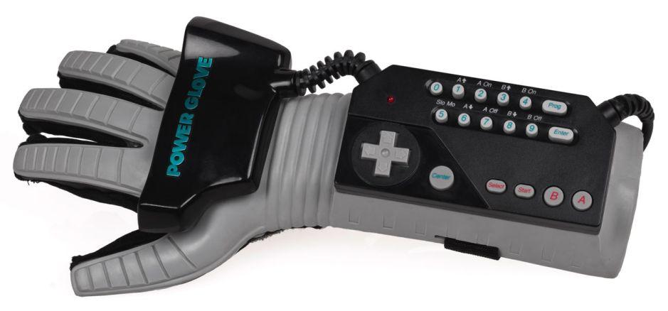 A Mattel Power Glove, vintage 1989 (Evan-Amos, via Wikimedia Commons).