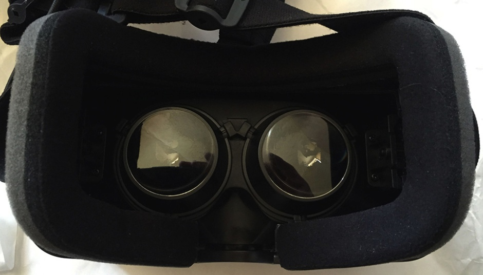 Inside the Oculus Rift DK2 goggles are two lenses over the OLED screens. These are set A, for normal and moderately myopic users.