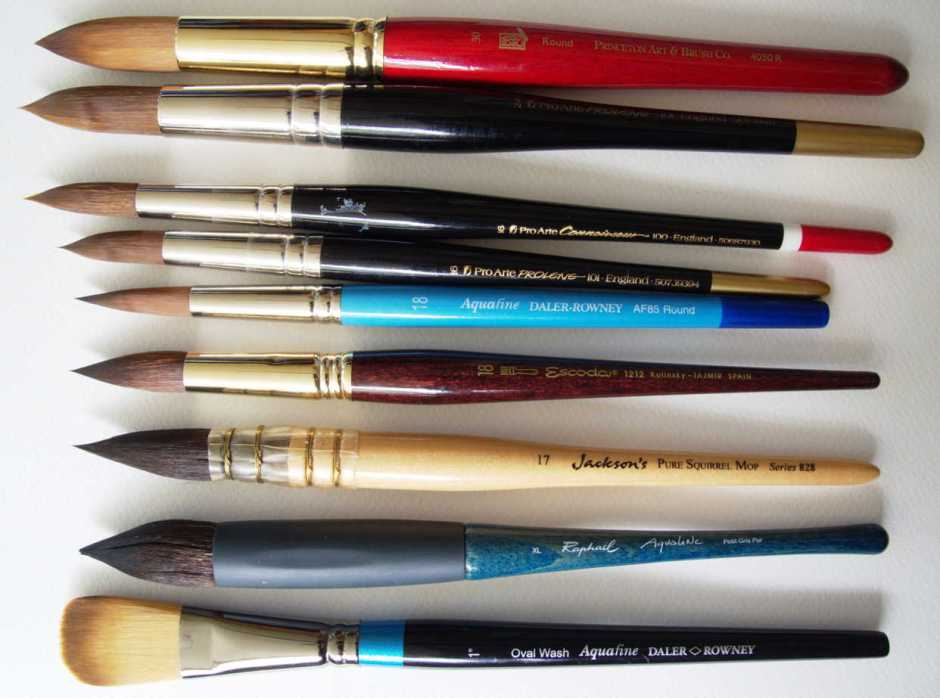 Brushes larger than size 12 included in these first tests.