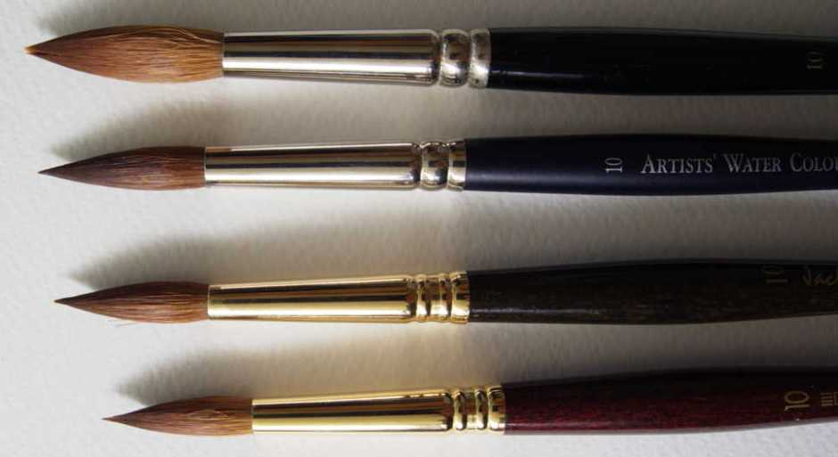 The Winsor & Newton Series 7 round size 10 at the top is clearly significantly larger than the other size 10 brushes tested.
