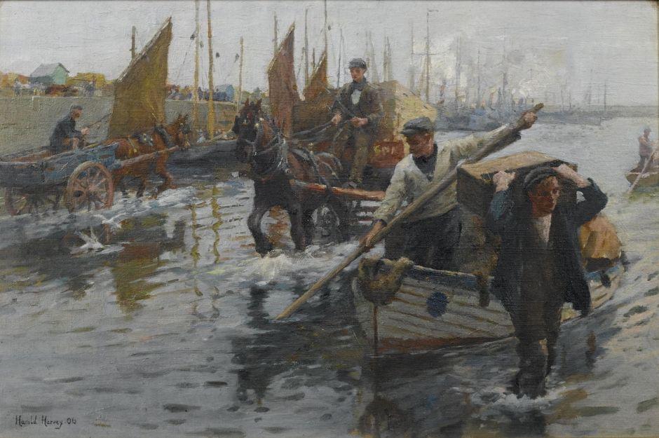 harveyunloadingboatsnewlyn
